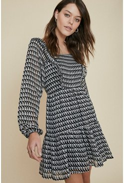 Blackwhite Houndstooth Square Neck Skater
